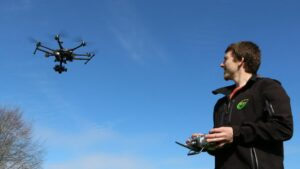 drone-flying-with-1200xx5472-3078-0-285